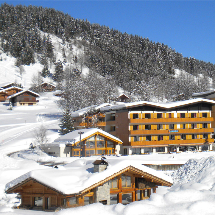village vacances la clusaz les confins neige